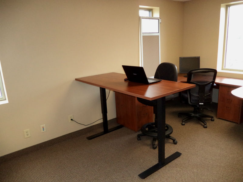 Stand Up Desks Desq We Create Space Minnesota